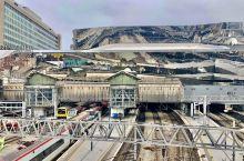 Birmingham 伯明翰是英国的工业大城,亦是僅次于伦敦的国际城市。因此是中途站,礼貌的逛了一圈