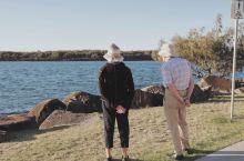 澳大利亚本周末开始放松禁令 大家可以出海,可以在公园野餐,可以购物,出门只能与家人外出+一个外人,只
