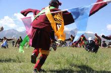 赛马、服饰、舞蹈、射箭、马术,以及各种节日和非遗传统,丰富有趣、多姿多彩,底蕴浓厚又让人心生愉快。