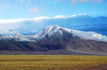 HHT D47 2010.08.11  翻过 界山达坂 ,便进入西藏阿里,虽然海拔更高,但地势却渐渐