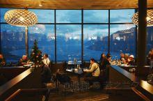 【新西兰皇后镇 | 来这里俯瞰瓦卡蒂普湖的夜色】  皇后镇的天空餐厅或许大家都不陌生,二零一九年平安
