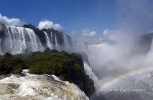 晚春之旅  第三回:  一瀑分隔两友邦 二河交汇三强国  世界上有三大瀑布:位于美加边境的尼加拉瀑布