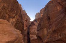 """佩特拉... 神秘而富有故事的""""小城""""... #约旦之旅"""