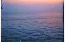 山东看日出最佳景点推荐 荣成市的海驴岛是观鸟和看日出的好地方,面积大约0.11平方千米的海驴岛是一座