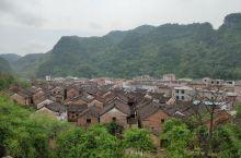 贺州市富川县岔山村,算是潇贺古道入桂第一村,是富川古文化游览的第三站,位置在秀水村的上游。走在传承千