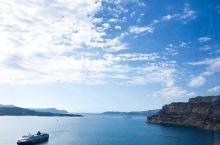 全世界最美的岛屿——圣托里尼岛  话说陆地上呆惯了,看到土地就审美疲劳了,海边也腻了,老想着看一些不