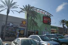 《2109暑期北美亲子之旅》第三站:圣地亚哥  圣地亚哥Outlet:先领领行情,呵呵......
