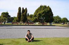 罗托鲁瓦是怎样的地方?毛利人、冲天的地热、温泉、森林⋯还有静谧的人居环境。