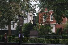 《2109暑期北美亲子之旅》第11站:费城  杰斐逊纪念广场:《独立宣言》起草人……  我是孤独浪子
