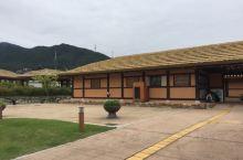 景点距离火车站不远,是金裕贞的故居。里面全部都是传统的韩国房子,有如在乡间漫步。