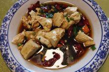宜君行 第一站就是宜君豆腐泡 味道不错 豆腐好吃 第二站是拾花山居酒店 一栋栋小独栋 棒棒哒 第三站