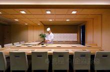 """【鮨 まるふく】鮨まるふく在新宿边上的""""西荻窪"""",是东京作为美食爱好者的聚集地而广为人知。 【店主】"""