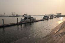 青岛日月天游艇俱乐部,以后买个游艇还上度假!