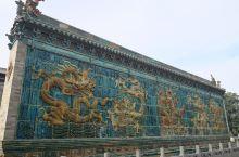 大同第一天 上午博物馆,下午善化寺、环城墙骑行,夜晚南城墙看喷泉     善化寺山门外的五龙壁(图1