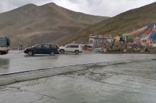 米拉山口位于林芝地区的工布江达,相信许多去过西藏的人,都会来这里走动走动。米拉山口是一个什么地方呢?