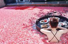 巴厘岛小众花瓣浴5星级酒店【Berry Amour Villas】超浪漫 浸在铺满花瓣的泳池中享受着