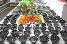 建盏文化旅游街区,突出建盏与茶文化元素的展示,并集中经销建盏的街区