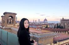 佛罗伦萨  意大利的文艺之都,但其实我们只来得及去了圣母百花大教堂和乌菲兹美术馆,剩下同行的小伙伴要