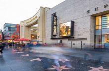 洛杉矶的好莱坞星光大道和中国剧院,电影发烧对这些场景肯定很熟悉,我就随便走走看看,同行朋友是有非常大