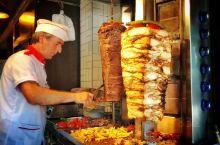 神秘又惬意的小城,沉浸在Kebab和糖果中无法自拔推荐图五的甜品店,鸡肉布丁试一下,虽然名字听上去非