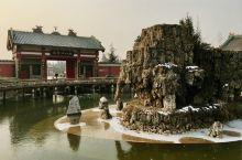 《茂陵博物馆》展出的茂陵石雕共16件,都在室外。是中国迄今发现最早、最大、保存最完整的大型石刻群。