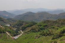 宁海南溪是绿色的,青青的竹林,茂盛的树木,舒爽的温泉,清澈的溪水,飞流的瀑布,清纯的空气。到这里来升