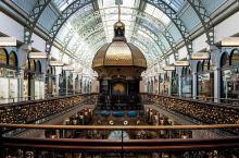维多利亚女王大厦坐落于悉尼,堪称世界上最美丽的购物中心。