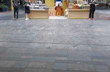 世纪汇广场的地摊经济,有头脑的商家,赞赞赞
