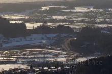 苏黎世市内景色秀丽的雪山