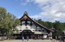 京都行第二天,蓝天白云,晴朗微热。京都东山东福寺,建于公元1239年,占地面积为20万平方米,是京都