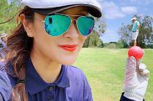 今日继续挑战皇家松林高尔夫球场。 两个人的比赛激烈啊! 开心愉快的一天!