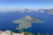 Crater lake, much more than beautiful.  I couldn't