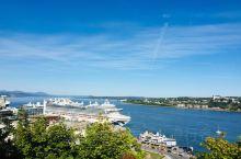 Quebec City | 漫步在魁北克古城,感受法式风情的浪漫,色彩与艺术遍布在生活的角角落落。夏