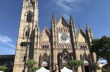 瓜达拉哈拉市中心的赎罪教堂,市标景点,值得一逛