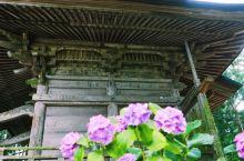 岩手县的中尊寺为天台宗东北大本山,是由慈觉大师在公元850年创建的。十二世纪初,奥州藤原氏初代清衡公