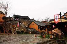 位于丹江旁的商洛市丹凤县,早年因盛产棣棠花而得名,在小说《秦腔》中,著名作家贾平凹把棣花镇的风土人情