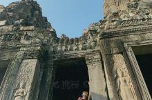 逆光·柬埔寨     春节的游记,一直拖到了二月最后一天了。     签假去柬埔寨时,还真有不少人问