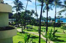 沙滩上的悠闲时光——记卡阿纳帕利海滩之旅   - 卡拉娜帕里的悠长假期 我和朋友从檀香山那边飞过来的