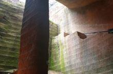 龙游石窟 -  位于浙江龙游县,这是迄今为止发现的世界上最大的地下人工建筑。有趣的是,在科学发达的今