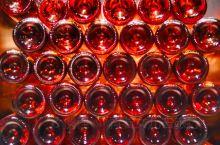 宁夏之于中国,犹如波尔多之于法国,纳帕谷之于美国。曾有专家预言:中国有可能成为下一个世界顶级葡萄酒生