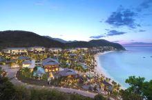 三亚文华东方酒店——在园林美景中,欣赏大海,享受宁静生活。 三亚文华东方酒店位于大东海榆海路尽头,覆