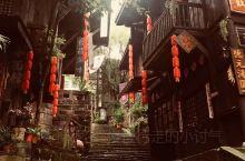 龙兴古镇和两江影视城民国街一日游。古镇保留了许多传统的民俗活动,文化遗产丰富,有鲜明巴渝特色的人文精