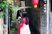 """在水一方的千年古镇 松溉古镇:人少景美零元""""包场""""玩穿越。一把桐油纸伞,一弯曲曲折折的石板路,串起穿"""