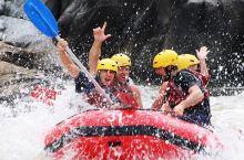 #360°灵动凯恩斯# 雨林中的激爽时刻——漂流!乘坐充气皮划艇沿着白浪滔天巴伦河 (Barron