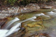 大箭沟景区的水非常漂亮!美不胜收!用华为手机的流光快门模式拍摄,同样达到了减光镜的效果!