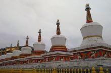 塔尔寺  ——藏传佛教圣地,格鲁派六大寺院之一,创建于明洪武十二年(1379年),国家AAAAA级旅