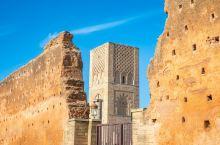 摩洛哥是一个历史悠久的国家,拥有众多文明遗产,著名的四大皇城,是摩洛哥灿烂文明的聚焦处。作为四大皇城