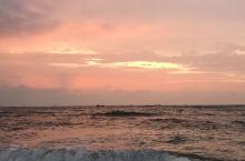 大连世界和平公园坐落在大连市旅顺口区,是国家AAAA级景区[1],风光旖旎,背倚老铁山,与鸟岛,蛇岛