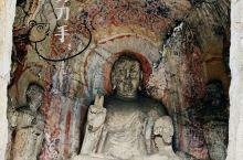 来洛阳不能不去看龙门石窟,它位于河南省洛阳市洛龙区伊河两岸的龙门山与香山上,与莫高窟、云冈石窟、麦积