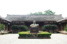 南充罗瑞卿故里旅游景区是中国无产阶级革命家,中国人民解放军高级将领、军事家罗瑞卿大将出生的地方。1